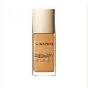 Laura Mercier Lumiere Foundation 3w2 Golden